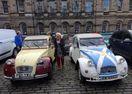 2) Joe Cent's and my 2cv outside the French Consulate